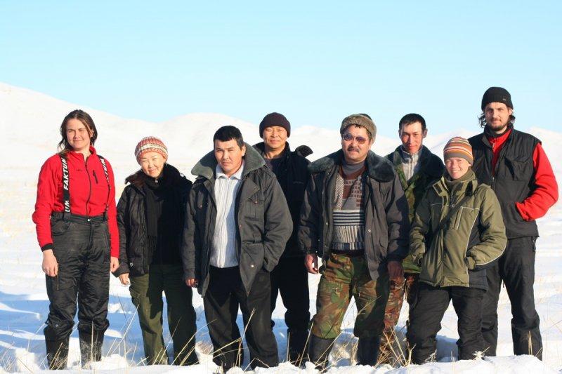 Исследовательская группа с инспекторами. Фото Е. Книжника