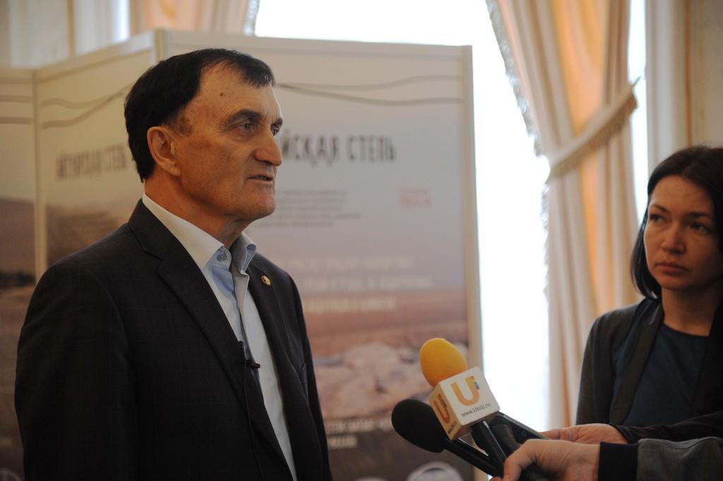 Директор Института степи УрО РАН Чибилев Александр Александрович.